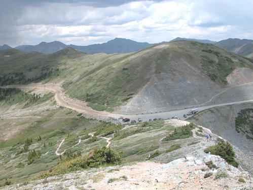 The top of Cottonwood Pass