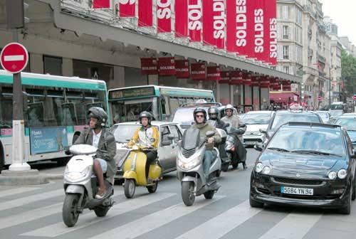 Lane-splitting in Paris