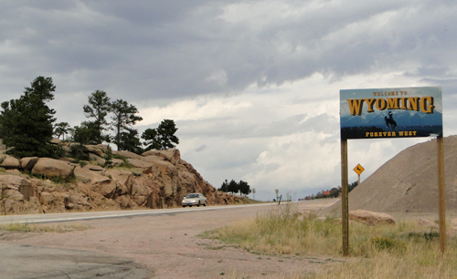 State line WY/CO on U.S. 387